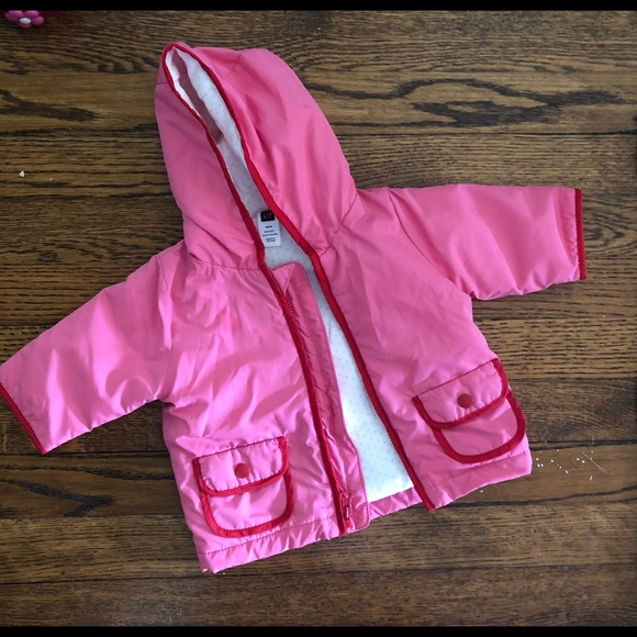 3d22452a02 Baby Gap Pink Raincoat with Apple Appliqué